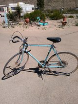 Vintage 10 speed bike in Alamogordo, New Mexico