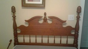 Full size antique bed frame in Clarksville, Tennessee