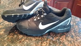 Nike Air shoes size 10.5 in Bartlett, Illinois