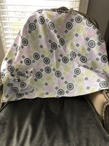 Hooter Hiders Nursing Cover in Glendale Heights, Illinois