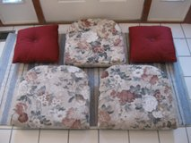Lloyd Flanders Seat Cushions and Throw Pillows- 5 total in Aurora, Illinois