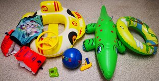 swimming boot and toys for smaller kids in Stuttgart, GE