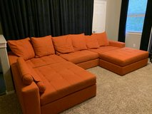 Sectional couch / sofa - 5 pieces with ottoman, pillows and arm rest in Houston, Texas