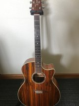 Acoustic Electric Dean Exotica Dao Guitar w/ Hard Case in Okinawa, Japan