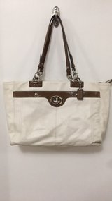 Coach bag in Fort Campbell, Kentucky