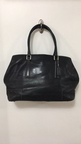 Coach bag black in Fort Campbell, Kentucky