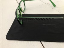 Unisex NIKE Kids Reading Glasses in Lakenheath, UK