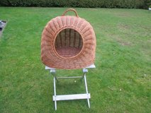 cozy wicker basket for cats or dogs in Ramstein, Germany