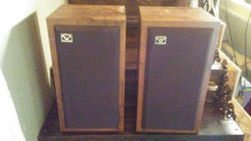 2 Cerwin vega speakers in Cleveland, Texas