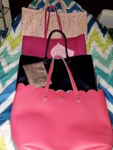 bath and body works handbags lot of 4 in Hopkinsville, Kentucky