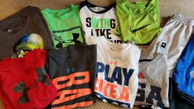 Boys 6/7 lot of Under Armour/nike in Houston, Texas
