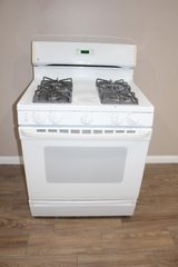 Gas stove- GE in Spring, Texas