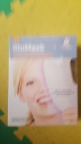 illumask light therapy acne mask new in Yorkville, Illinois