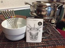 Fondue Set-Chef Series by Tupperware in Joliet, Illinois