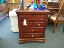 Small Chest of Drawers Cabinet in Bartlett, Illinois
