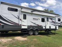 2014 Camper/Toy Hauler-Puma Unleashed by Palomino-Fifth wheel-35 ft in Cleveland, Texas