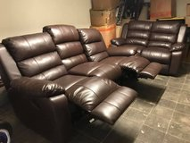 3 seater and love seat dark brown leather couch / Raymour & Flanigan in Stuttgart, GE