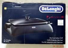 DeLonghi Indoor Grill Brand New in Bartlett, Illinois