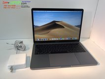 Apple 2017  a1708 16gb i7 2.50 ghz 256gb ssd (non-touch bar) excellent condition in Camp Pendleton, California