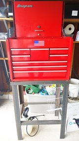 Snap-on - Road Chest, Heavy Duty, 8 Drawers, Red and stand. in Tinley Park, Illinois
