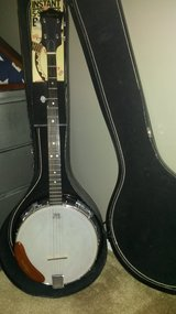 Great banjo in Yorkville, Illinois