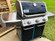 New Weber Genesis 320 Propane Grill in Fort Campbell, Kentucky
