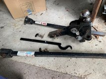Trailer hitch and stabilization tow bars in Houston, Texas