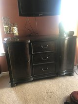 TV/Entertainment Console in Glendale Heights, Illinois