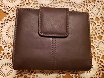 NEW womens leather Buxton wallet in St. Charles, Illinois