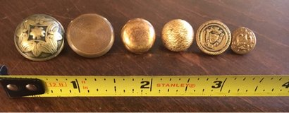 Misc Metal Buttons in Bolingbrook, Illinois