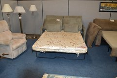 Love Seat Hide a bed   Good mattress in Fort Lewis, Washington