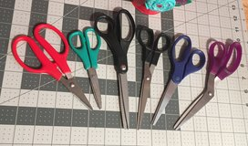 6 pairs assorted scissors in Yucca Valley, California