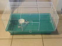 Small Animal Critter Cage w/ Accessories Like New in Travis AFB, California