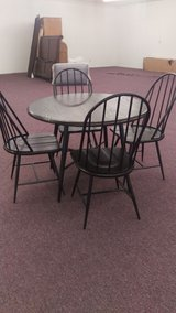 New Dining Table & Chairs in Fort Polk, Louisiana
