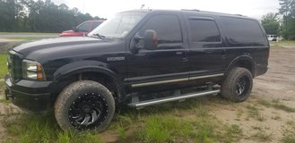 2004 Ford Excursion 4wd Diesel Loaded in Leesville, Louisiana
