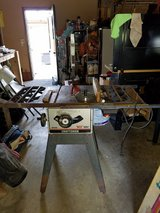 Craftsman 10 inch blade table saw in Bolingbrook, Illinois