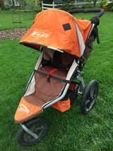 BOB Revolution Stroller in Bolingbrook, Illinois
