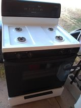 Natural Gas Stove - clean and works great in Alamogordo, New Mexico