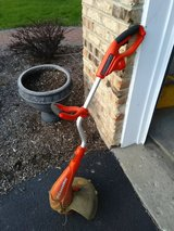 Black + Decker trimmer - electric - corded in Yorkville, Illinois