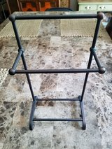 Dark Brown Metal Jewelry Stand in Fort Campbell, Kentucky