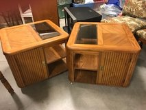 End tables in Bartlett, Illinois