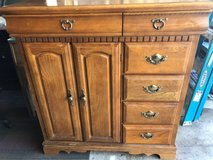 basset dresser in Morris, Illinois