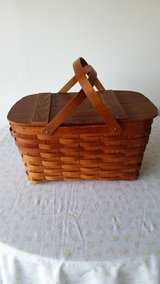 Picnic Basket in Yorkville, Illinois