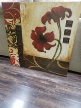 Large Wall Picture Frame Decor in Baytown, Texas