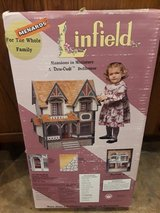 1994 Dura-craft Linfield Mansion Dollhouse  NEW UNopened in Yorkville, Illinois