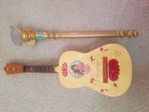 Elena of Avalor guitar and light up scepter in Oswego, Illinois