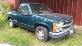 1996 Chevy step-side in Baytown, Texas