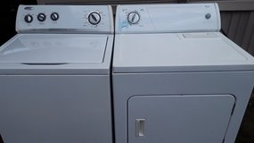 Whirlpool set washer and electric dryer for sale in Leesville, Louisiana
