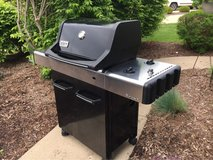 Weber Spirit Grill w/ Tank and Cover in Naperville, Illinois
