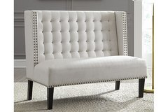 NEW! LUXURIOUS ACCENT TUFTED CRAFTED CHAIR! USA MADE! in Camp Pendleton, California